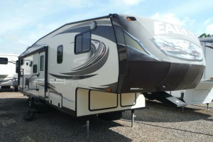 Pre-owned 2014 Jayco Eagle HT 27.5BHS Fifth Wheel