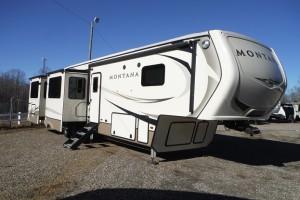 Pre-owned 2018 Keystone RV Montana 3701LK Fifth Wheel